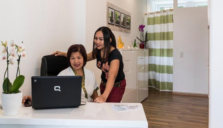 Melly Thailändische Massage - Startseite